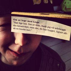 Citat fra Justin Halperns bog L*RT MIN FAR LUKKER UD ... Om at lege med LEGO ... Klik på billedet for at læse mere.