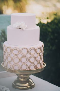 Lovely pink and gold wedding cake