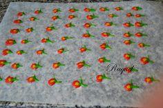Brazo Gitano con Círculos de Colores Relleno de Nata