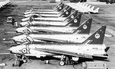 92 Sqn Lightning and friends at the 1964 SBAC show at Farnborough. Note the Yellowjacks Gnats in the background Electric Aircraft, Navy Aircraft, Military Jets, Military Aircraft, Fighter Aircraft, Fighter Jets, Aviation Image, Royal Air Force, Jet Plane
