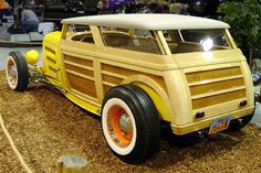 Woody wagons never looked this good Rat Rods, Vintage Cars, Antique Cars, Retro Cars, Woody Wagon, Wooden Car, Super Images, Sweet Cars, Us Cars