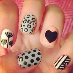 Fofa demais essa Nail Art... Os melhores produtos para suas unhas você encontra em: www.lojadeesmaltes.com.br
