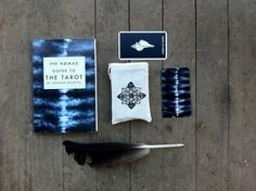The NØMAD Tarot Deck, illustrated by Jennifer Dranttel, is a lovely and modern interpretation of the ancient Tarot tradition. The full deck of 78...