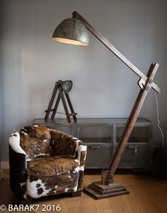 lampe industrielle sur pied acrobat meuble industriel pinterest lampes industrielles. Black Bedroom Furniture Sets. Home Design Ideas