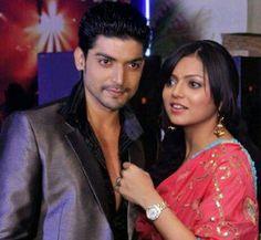 Gurmeet Choudhary, Drashti Dhami, Indian Movies, Best Couple, Bollywood, Father, Sari, Film, Couples