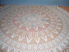 Toca do tricot e crochet: Toalha de mesa em crochet, prontinha  com