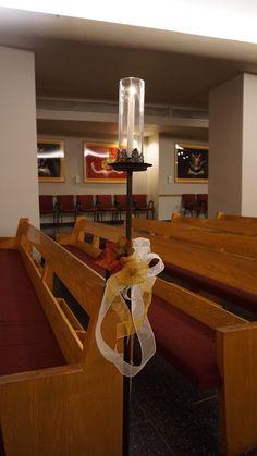 #vtwmc | Fall Themed Bows | Wrought Iron Aisle Candle | War Memorial Chapel
