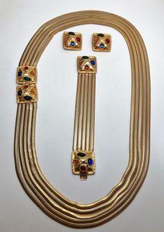 Les Bernard vintage Couture Gripoix Cabochon Parure Necklace, Bracelet & Earring by GlamEpoque on Etsy