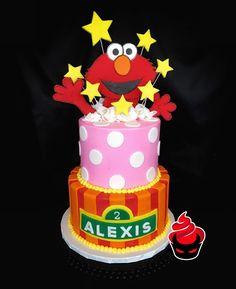 Who doesn't love #Elmo?! ✨🎉  #teambrittney #custom #cake #buttercream #handmade #fondant #sesamestreet #2ndbirthday #cakery #parkave #sinisin #feedyourgreed #legalizefrostitution