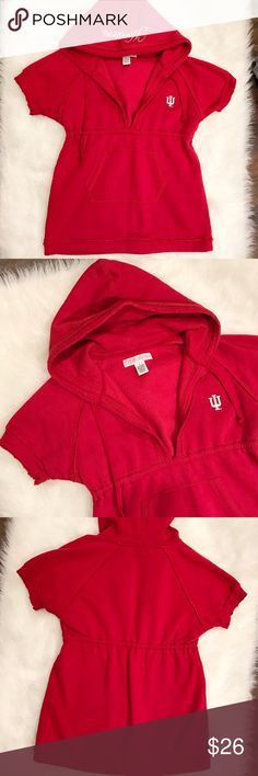 """🏀 Indiana University Hoosiers Sweatshirt This Indiana Hoosiers Sweatshirt is the perfect piece to keep you warm while you're cheering for your favorite team court-side! This hoodie is short sleeve but very warm. Adorable embroidered detail on edge of the hood. In like new condition. Edges have a rough look, and this cinches at the waist, making it very flattering! Size large. 🏀🏈 """"Collegiate Couture"""" tags -  Hoosiers, IU, Indiana University College Classics  Sweaters"""