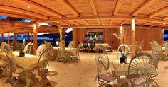 Enjoy a delicious snack or meal at Free Beach Bars Restaurant... ☀️😎🌈🌊💙#summeringreece #travelgram #iosgreece #greecetagram #welovegreece #visitgreece #sea #crystalwaters #blue #cabanas #view #beachlife #beaches #greekislands #greece #cyclades #cyclades_islands #hellas #summer2017 #beachbar #mylopotas #pool #unique #design #nationaldestinations #welovetoexplore #restaurant #sunnyday #sea #cabanas #drone #dinner