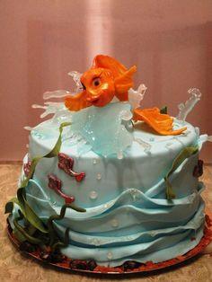 The Golden Fish — Birthday Cake Photos. I love the isomalt 'splash' and the waves.