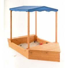 Sand Sailor Sandpit from The Toy Centre UK