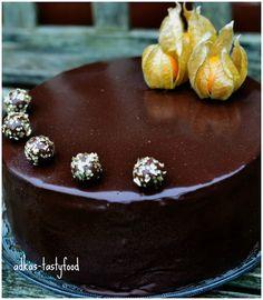 .. chute a vône mojej kuchyne...: Čokoládovo-banánová torta so zrkadlovou polevou