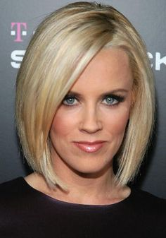 Love her! Would love my hair to look like this, only maybe not so blond!