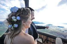 Destination Wedding in Southern Italy, Calabria: symbolic cerimony by hote-air balloon Southern Italy, Hot Air Balloon, Vows, Destination Wedding, Balloons, Anniversary, Romantic, Hair Styles, Hot Air Balloons