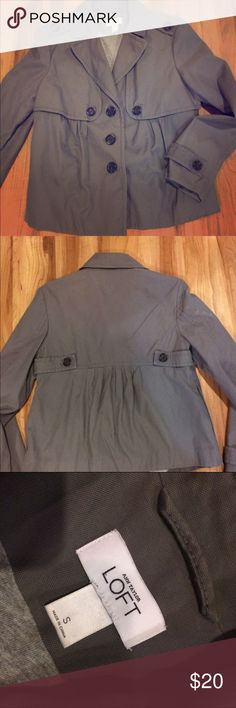 Ann Taylor Loft coat Cute, classy gray cotton lined LOFT coat. Super condition, ready to wear! Perfect with denim or black pants. Use for dress up or casual.❤️ LOFT Jackets & Coats
