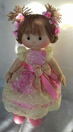 bambolina floreale Carmen