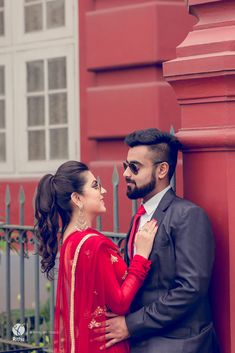 We at Rihtu Weddings provide extreme wedding photography services in Kerala at reasonable cost. Cute Love Couple Images, Love Couple Photo, Cute Couple Poses, Couple Photoshoot Poses, Photo Poses For Couples, Indian Wedding Couple Photography, Couple Photography Poses, Romantic Couples Photography, Pre Wedding Poses