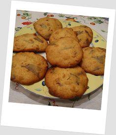 Galletas de chocolate con leche y avellanas (sin azúcar)