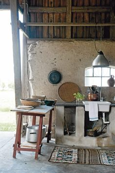 In love with this rustic kitchen!