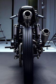 """thatyouride: """" Beautiful Machines' 'Kuro' Suzuki GS550 Neo-Racer """""""