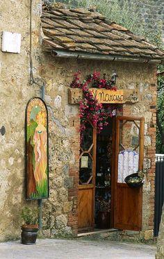 crescentmoon06:  Il Narciso - Monteriggioni, Siena, Italy