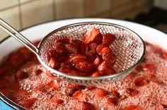 preparare dulceata+sirop de capsuni reteta retetecalamamaro - 2