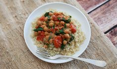 Green curry chickpeas, tomato, and spinach