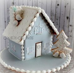 Cool winter blue-gray gingerbread house by mintlemonade, posted on Cookie Connection