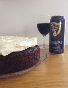 Gunns momsemat: Guinness kake Guinness, Cheesecake, Desserts, Food, Meal, Cheesecake Pie, Hoods, Dessert, Cherry Cheesecake Shooters