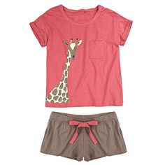 I love giraffes and I love pajamas. I need this short corto Cute Pjs, Cute Pajamas, Lingerie Sleepwear, Nightwear, Giraffe Clothes, Pijamas Women, Pajamas All Day, Kids Fashion, Fashion Outfits