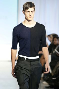 Antonio Azzuolo images a bold new world for menswear Stylish Menswear, Stylish Mens Fashion, Best Mens Fashion, Toronto Fashion Week, Mode Masculine, Hot Outfits, Catwalks, Men Looks, Wardrobes