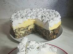 A mákos guba nagy kedvencünk, de ez a torta, elbűvölt! Elmondhatatlanul finom és nem is nehéz elkészíteni, a családi ebédek után remek választás. Hozzávalók: 12 db kifli 1 l tej 3 db tojás sárgája 10 dkg vaj 1 cs vanília … Egy kattintás ide a folytatáshoz.... → Non Plus Ultra, Food And Drink, Pudding, Favorite Recipes, Snacks, Cookies, Cake, Sweet Stuff, Kitchen