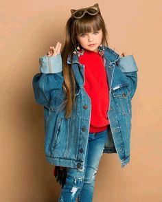 anastasiya knyazeva Family Outfits, Girl Outfits, Toddler Christmas Photos, Cute Kids, Cute Babies, Baby Girl Blue Eyes, Anastasia Knyazeva, Young Girl Models, Cute Baby Girl Pictures