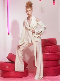 Look 6 - Christopher John Rogers Silk Crepe, Silk Chiffon, Kimberly Paige, Silk Charmeuse, Wool Suit, Occasion Wear, Suit Fashion, Color Theory, Playing Dress Up