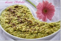 Avakado sos (Guacamole) – Keto tarifleri – The Most Practical and Easy Recipes Avocado Dessert, Appetizer Salads, Appetizers, Avacado Sauce, Guacamole Sauce, Avocado Toast, Turkish Recipes, Ethnic Recipes, Dessert Drinks