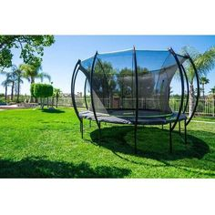 15' Stratos Round Trampoline with Enclosure #trampoline #stratos #skybound
