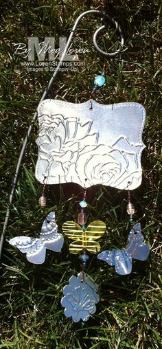 delicate-designs-folders top note garden stake aluminum