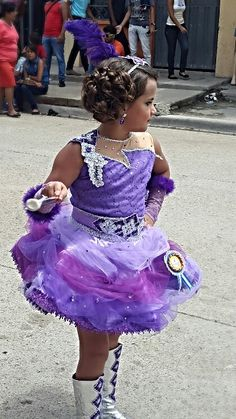 Purple Beautiful tutu, artistic dress, by Carlota de Lovo. Charlotte Wolf.