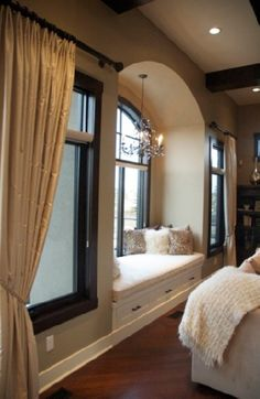 Window seat with a chandelier! I've always wanted a window seat/reading nook in my bedroom Traditional Family Rooms, House Design, House, Home N Decor, Home, Home Bedroom, House Interior, Home And Living, Window Seat