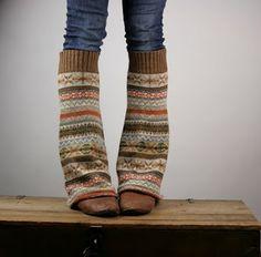 Love!!! Sweater legwarmers.
