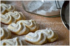 viennesi alla vaniglia (tra zucchero e vaniglia)