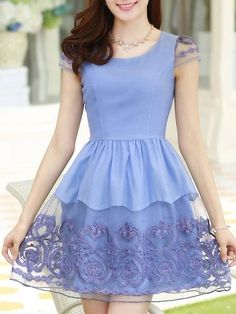 Stylish Round Neck Loose Fitting Lace Patchwork Skater-dress