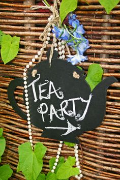 Simple sign for a tea party. A great little add on. #teaparty #teapot #afternoontea www.talkingpointevents.com