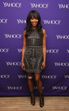 #NaomiCampbell attends the 2015 Yahoo Digital Content NewFronts at Avery Fisher Hall in New York wearing a #limitededition #AlbertaFerretti dress from the #Fall2015 collection.