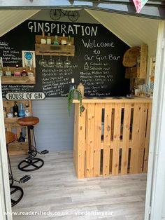 Outdoor Garden Bar, Garden Bar Shed, Backyard Bar, Diy Home Bar, Home Pub, Bars For Home, Summer House Interiors, Home Bar Areas, Pub Sheds
