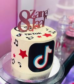12th Birthday Party Ideas, 12th Birthday Cake, Bithday Cake, Birthday Cake Girls, Bolo Barbie, Party Giveaways, Cake Name, Cake Youtube, Cake Trends