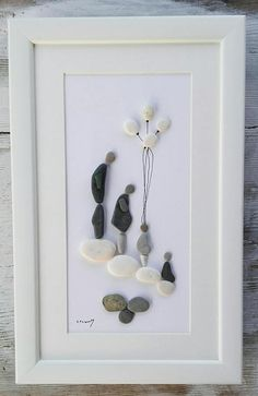 Pebble art family4 Family4 rocks pebble picture family4 Stone Crafts, Rock Crafts, Christmas Pebble Art, Pebble Art Family, Rock Sculpture, Seashell Painting, Pebble Pictures, Rock And Pebbles, Rock Decor