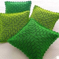 Ideas For Crochet Scarf Stitches Simple Crochet Pillow Cases, Crochet Cushion Cover, Crochet Cushions, Crochet Tablecloth, Crochet Home, Crochet Crafts, Crochet Projects, Filet Crochet, Crochet Stitches